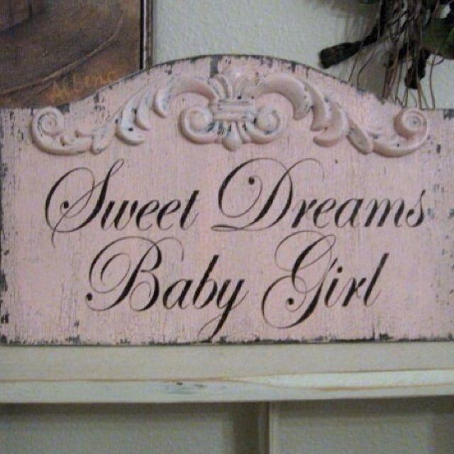 Shabby chic nursery, I need to find this for Punkie!!! @Hale Ozturk Erdem Öktenay See