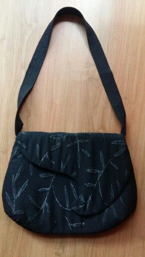 Szinházi csipke táska