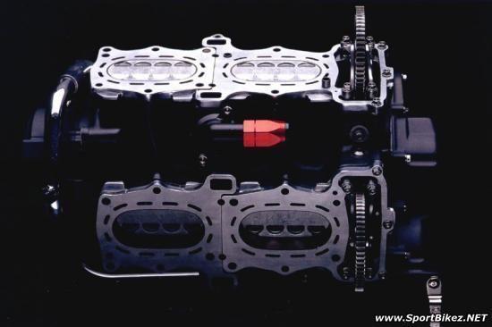 oval piston heads, NR750