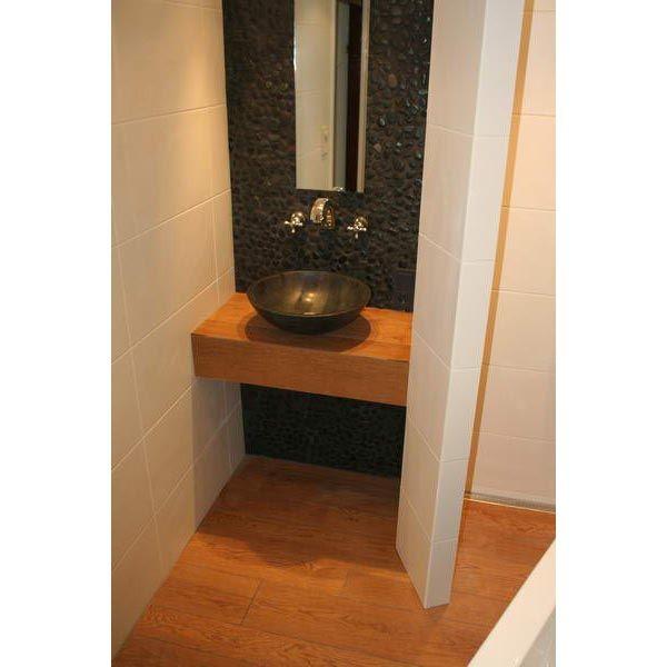 25 best ideas about kiezel tegels on pinterest - Badkamer exotisch hout ...