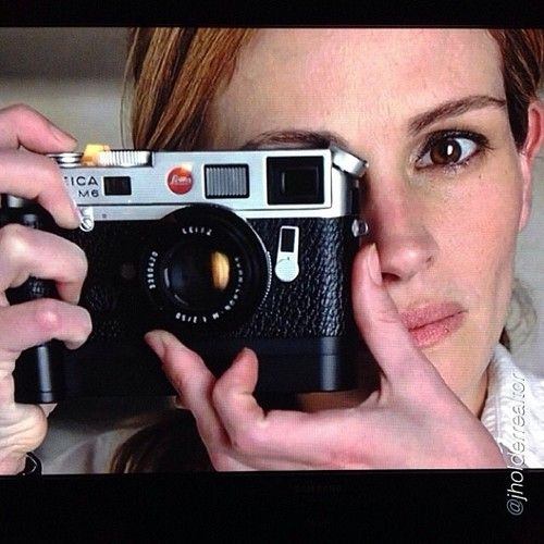 Leica M6 and Julia Roberts by @Justin Dickinson Dickinson Dickinson Holder   #passionleica...