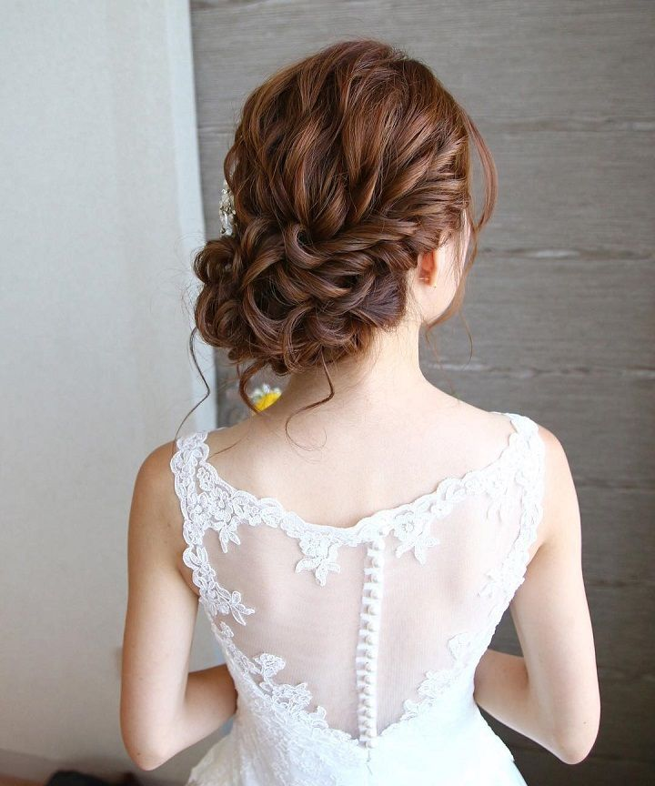 Beautiful Loose Curl Low Updo Hairstyle For Romantic Brides