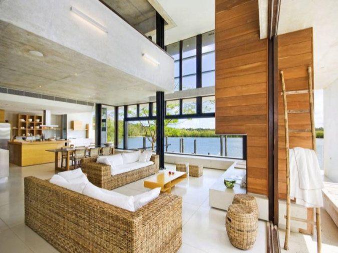 Beach House In Noosa Sound, Queensland (Australia)