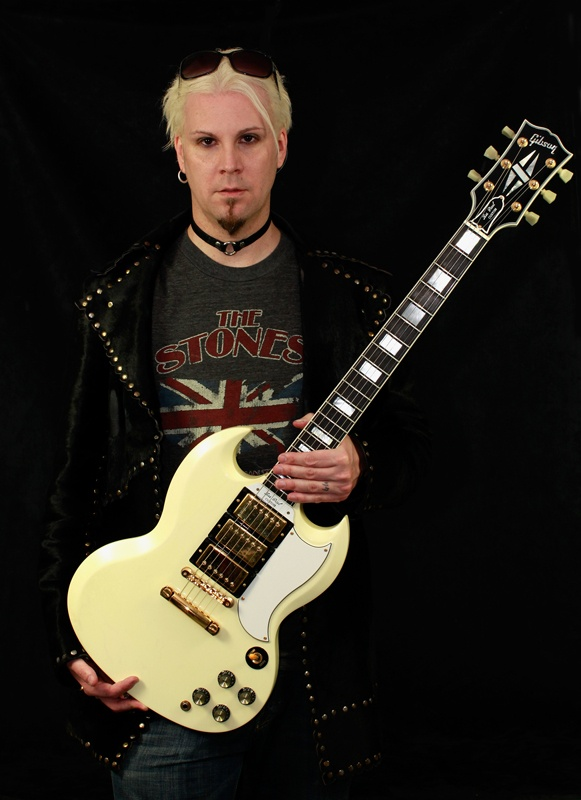 John 5, with a Gibson SG, instead of his iconic Fender Telecaster
