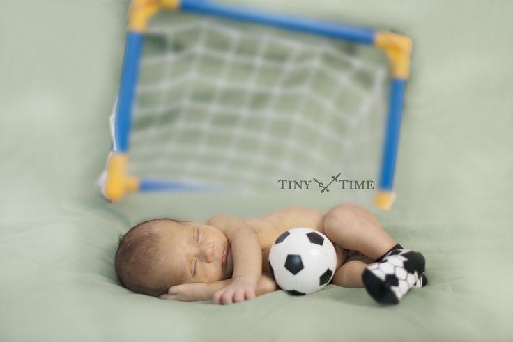 Newborn photo by Tinytime www.tinytimestudio.com #newborn #baby #newbornphotography #tinytimestudio #bkkexpats #bangkokexpats