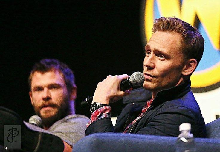 Tom Hiddleston at #WizardWorldPhilly 2016.Via Torrilla.