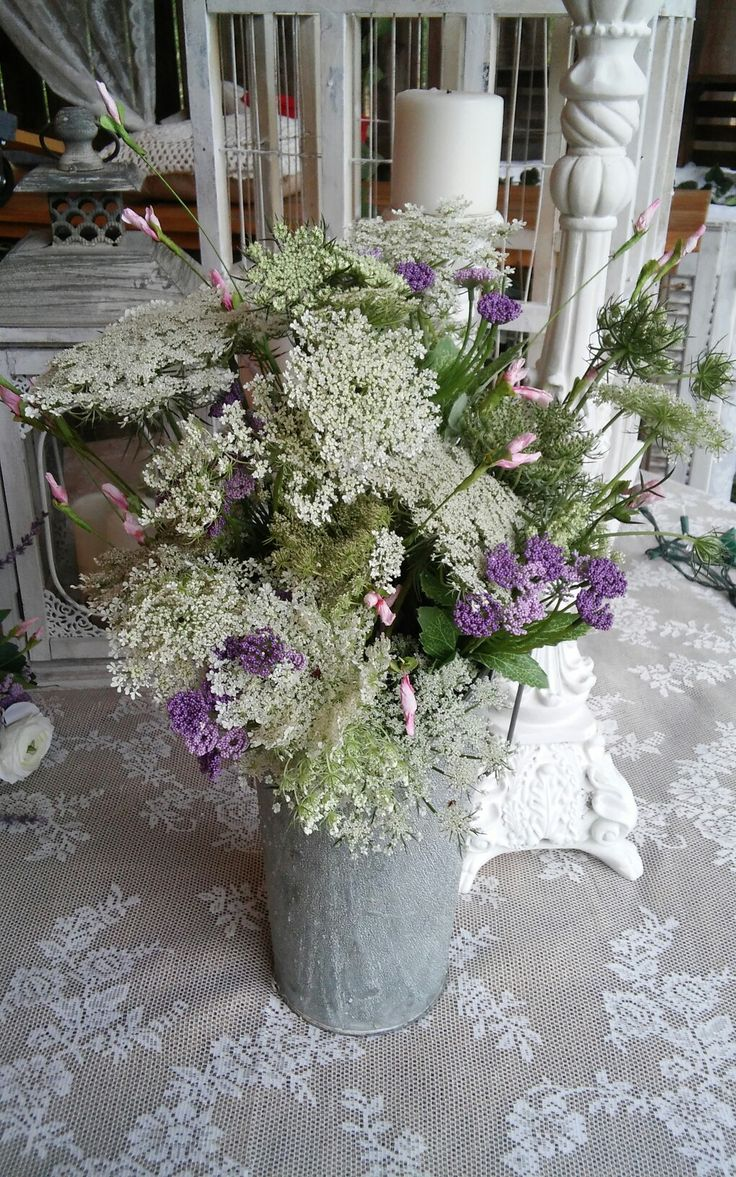 Queen Ann lace arrangement