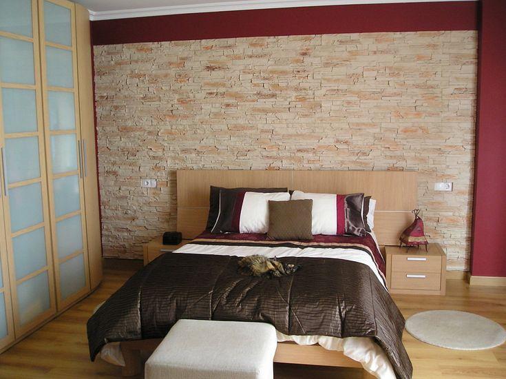 Dise ar dormitorios pared de piedra buscar con google - Piedras para paredes interiores ...