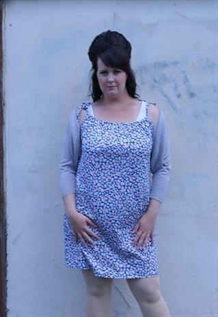 Patterned summer dress in Navy Pink and White size 16
