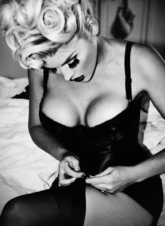 ♥ Pinterest : Mutine Lolita ♥ Pinup http://thepinuppodcast.com re-pinned this because we are trying to make the pinup community a little bit better.