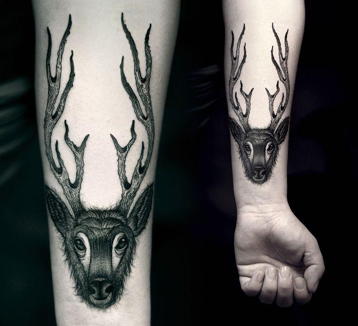 21 elegant greyscale tattoos redefining modern body art