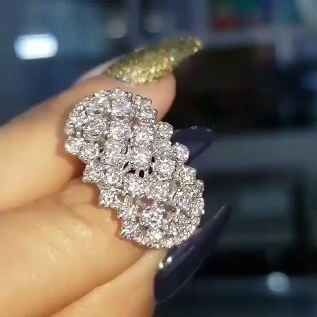 Lacin Ticaret Merkezi Xalqlar On Instagram Love Gold Beautiful Life Amazing Vivanijewellery Diamond Dreams Diamond Jewelry