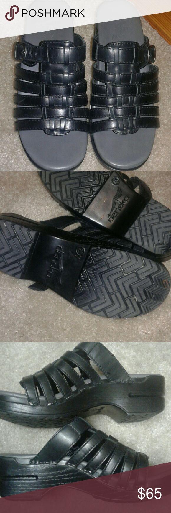 SALE $30.00 lowered NWOT Dansko sandles size 6. Perfect and shiney! Dansko Shoes Sandals