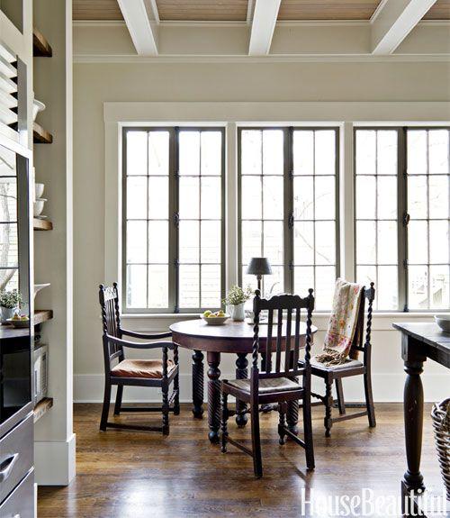 A Savannah Kitchen With European Elegance