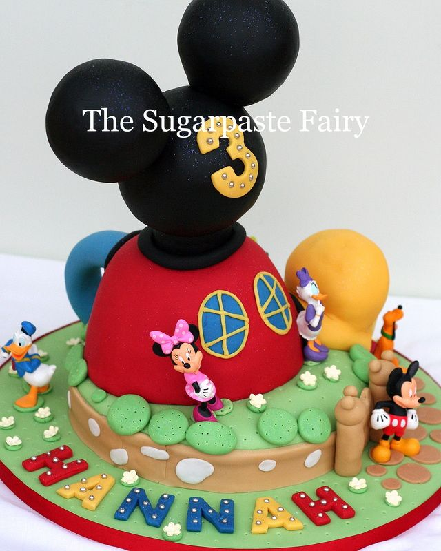Mickey/Minnie Mouse Cake