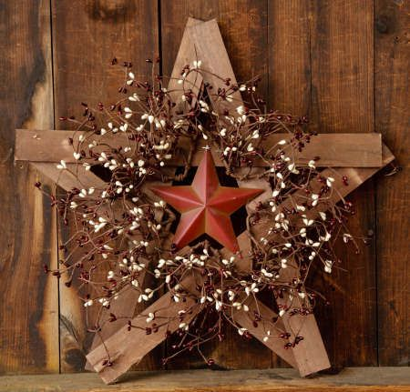 New Primitive Country Wood Rusty Barn Star Berry Wreath Burgundy Cream Berries | eBay