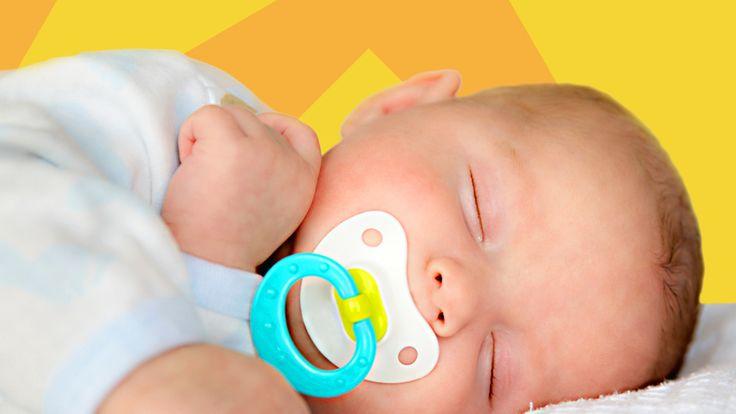 Neugeborene schlafen insgesamt mehr als ältere Babys. Wir haben Dir die wichtigsten Informationen zum Schlafrhythmus eines Kindes hier zusammengestellt.