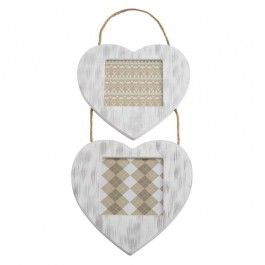 Lovely hanging heart photo frame, great as a present for family or friends! 33cm x 13cm x 1cm