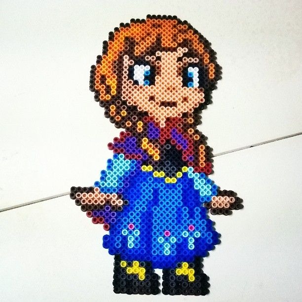 29(w)x51(h) pegs needed. Princess Anna - Frozen perler beads by pixelpinoy (original design by GeekMythology)