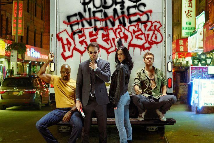 Netflix profite aussi de la Comic Con qui se déroule actuellement à San Diego pour nous proposer pas moins de deux nouvelles bandes annonces pour Marvel's The Defenders. La première qui a fuité avant-hier est une ode de Stan Lee à la ville de New York et à ses Defenders tandis que le second trailer est tout simplement un nouvel aperçu de la série regroupant Daredevil, Jessica Jones, Luke Cage et Iron Fist qui vont devoir faire face à un nouvel ennemi joué par Sigourney Weaver. En savoir plus…