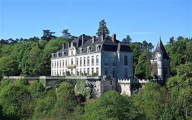 40 best images about homes on pinterest mansions for French chateau homes for sale