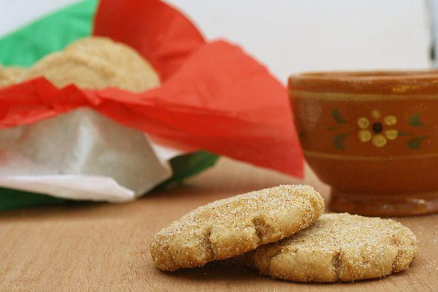 Panadería mexicana: Polvorones de canela: Mantequilla con azúcar