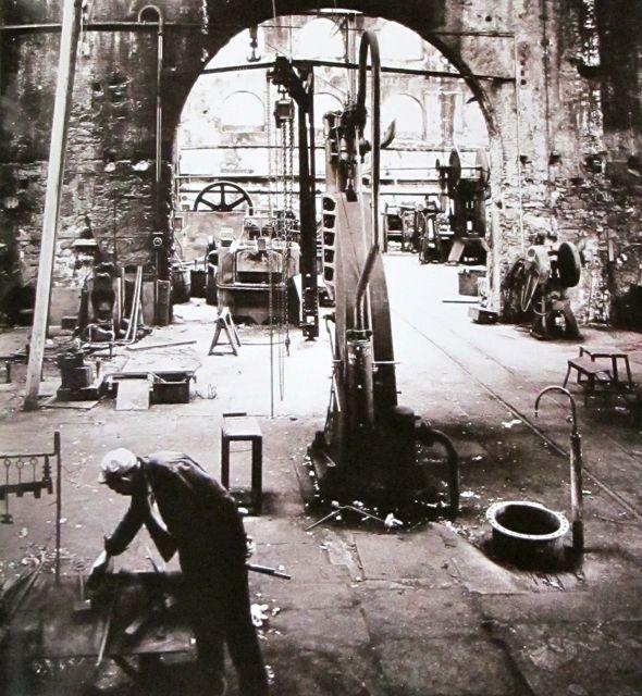 David Smith ~ Voltri, Italy. 1962  Photo: Ugo Mulas via MONDOBLOGO