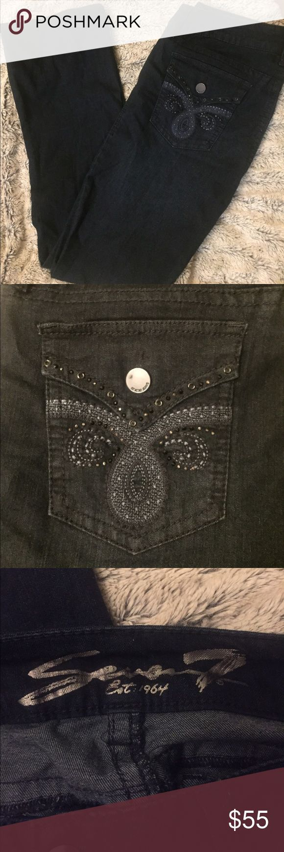 """👯Seven Jeans• Dark Denim Wash BNEW-- whole sale purchase, so missing tag. 43"""" from hip to bottom seem. 18.5"""" across waist. Dark denim wash, flawless, Never worn!!! Seven7 Jeans Boot Cut"""