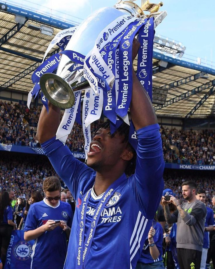 "Polubienia: 16 tys., komentarze: 74 – Nathaniel (@chalobah) na Instagramie: ""WOW!!! Watched @chelseafc lift this trophy a few times at the bridge through the academy, yesterday…"""