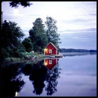 Stuga by a lake, SwedenLake Houses, Lakes House, Little Houses, Swedish Stuga, Cottages Summerh, Sweden Lakes, Raw Beautiful, Swedish House, Logs Cabin