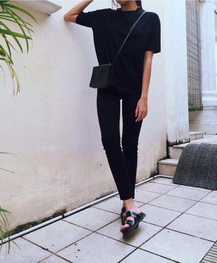 black clothes french fashion pinterest mode minimaliste les petites bombes et bombes. Black Bedroom Furniture Sets. Home Design Ideas