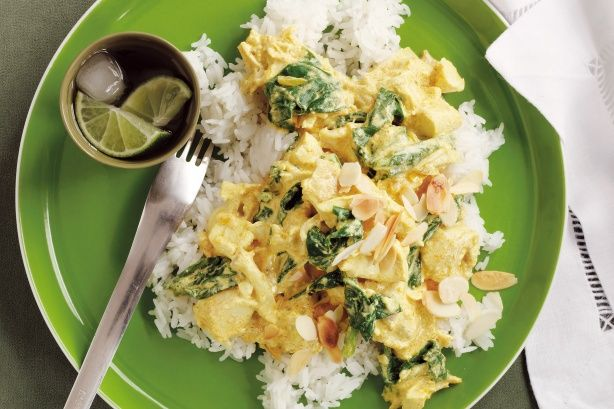 Chicken and spinach curry main image