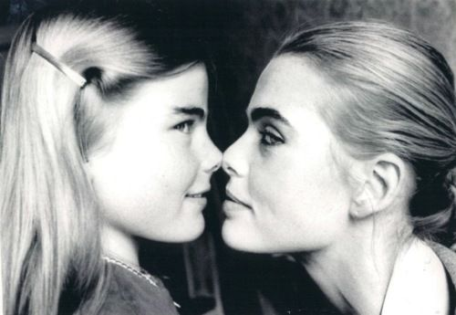 Mariel Hemingway, 14, with her sister Margaux Hemingway in New York, New York. April 2, 1976.