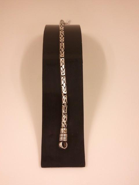 Pulsera cordón nudo de Bali antes: 115€ Ahora: 97.75€