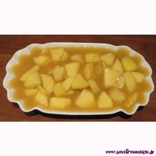 Apfel-Vanille-Pudding - Puddingrezept mit Bild