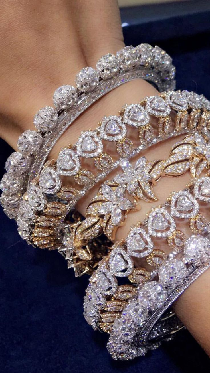 Hair accessories for wedding online india - Dazzling Diamonds