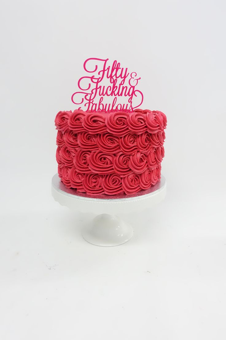 #50 #fiftiethbirthdaycake #rosettes #hotpinkbuttercream #vanillapod #vanillapodspecilatycakes #brisbanecakes #weddingcake #brisbaneweddingcakes #brisbanecafe #noveltycakesbrisbane