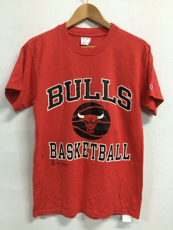 VIintage CHICAGO BULLS Basketball By Champion - NBA Official Product T shirt