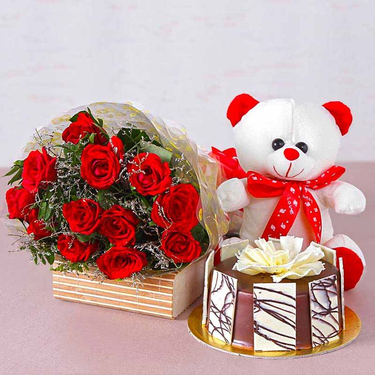 Find the perfect birthday gifts for your special someone. Vist Taj Online to get wide range of flower hampers gifts at the best price. For more information click here: http://www.tajonline.com/gifts-to-india/gifts-FGA554.html