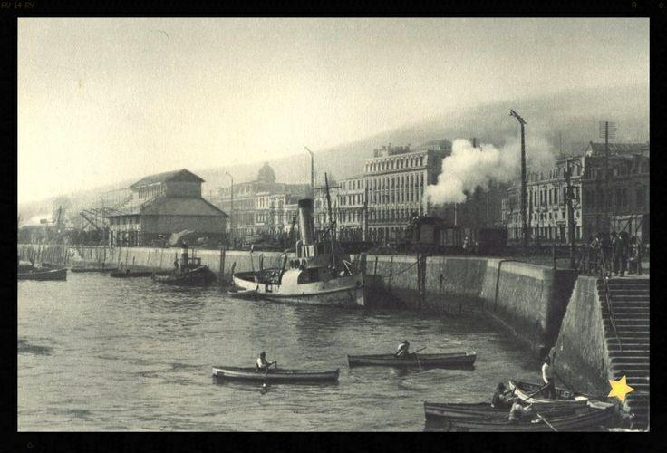 https://flic.kr/p/ekAD1n   VALPARAISO PUERTO 1932   IMAGENES DEL FOTOGRAFO ROBERT GERSTMANN A TRAVES DE TODA LA GEOGRAFIA DE CHILE 1932