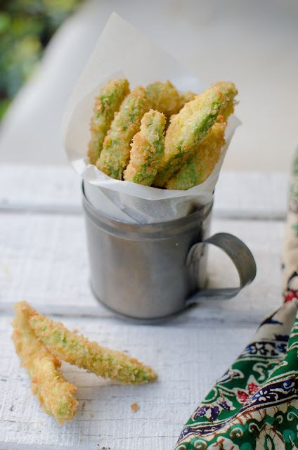 Make crispy avocado fries by coating avocado slices in crunchy panko bread crumbs. Eat them with a simple and delicious hoisin dipping sauce!   Panko Avocado Fries appetizer recipe