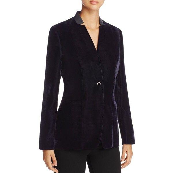 Elie Tahari Tori Velvet Blazer - 100% Exclusive (1.515 BRL) ❤ liked on Polyvore featuring outerwear, jackets, blazers, stargazer, blazer jacket, elie tahari jacket, velvet blazer, elie tahari blazer and velvet jacket