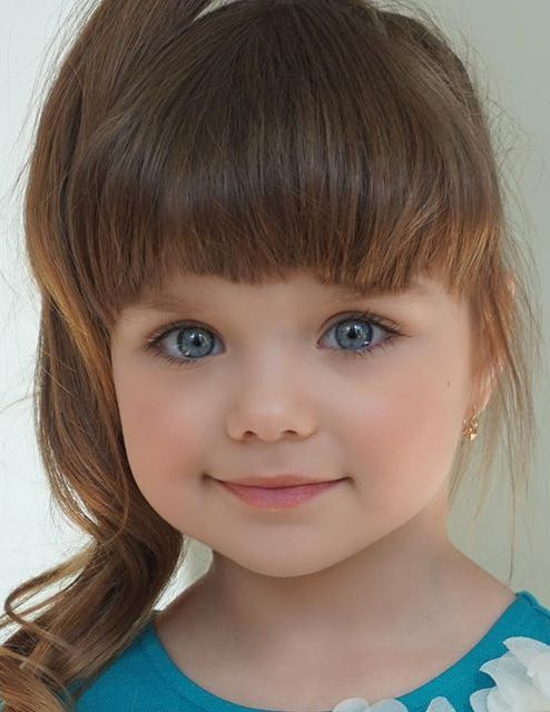 Oh My Goodness, This Little Girl Is So Cute They Should -9958