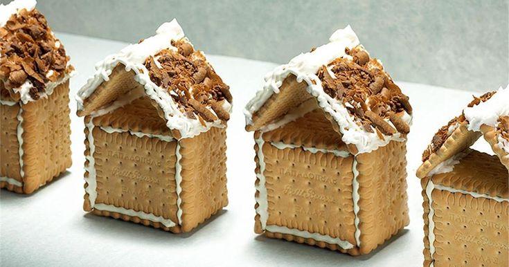 Υλικά  1 πακέτο μπισκότα πτι μπερ ΠΑΠΑΔΟΠΟΥΛΟΥ   1 κουτί πουράκια Caprice ΠΑΠΑΔΟΠΟΥΛΟΥ   Για το γλάσο – χιόνι 3 φλιτζάνια τσαγιού ζάχαρη..