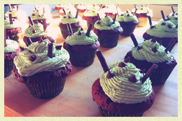 Mint choc cupcakes with matchmakers
