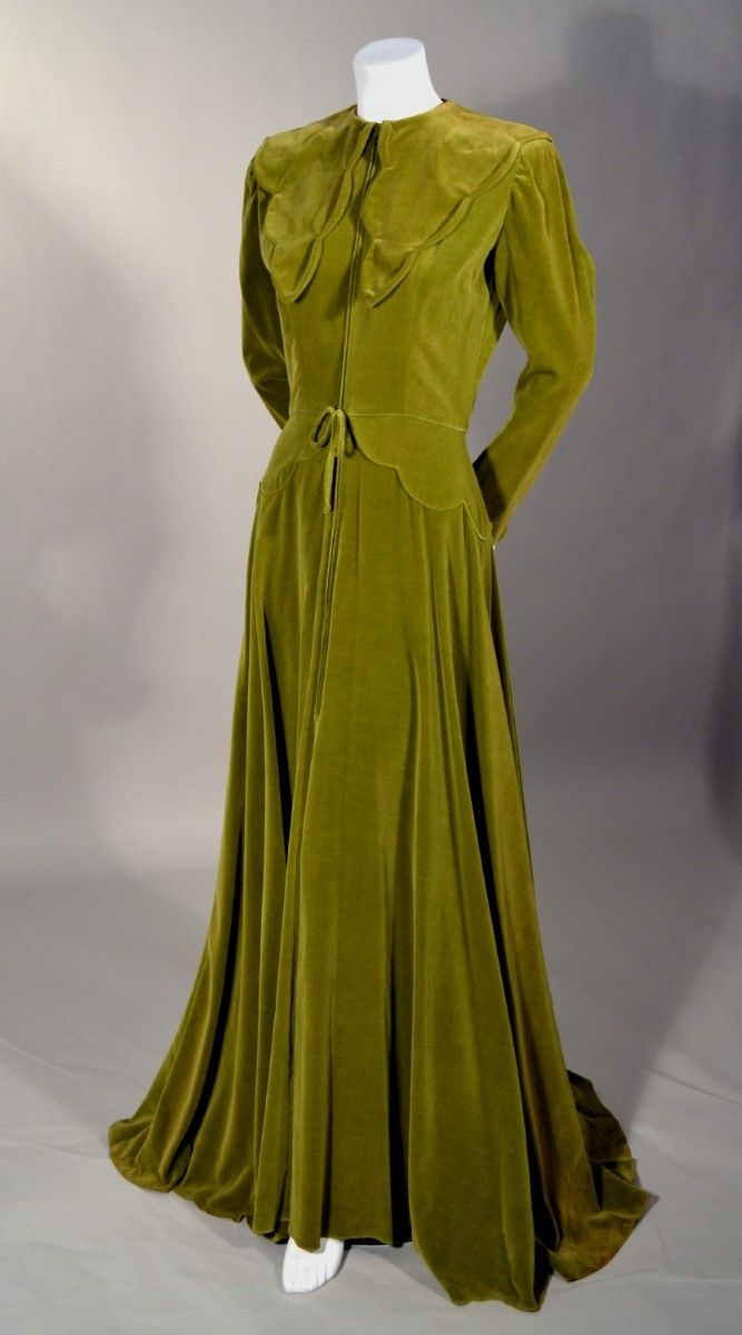 1940'S LUXURIOUS VINTAGE OLIVE GREEN FULL LENGTH MAISON MENDESSOLLE VELVET ROBE.  Available at rpvintage.com.
