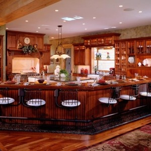Beautiful kitchen in a Town & Country cedar products home.