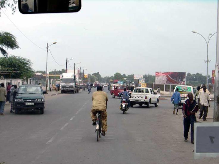 * Djibouti * Capital da República do Djibuti. Habitantes: 810.179 pessoas (em 2014).