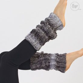 Stay warm and in style with these fun twisted stitch knit leg warmers! freebie knit, thanks so xox
