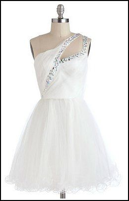 would be a beautiful lyrical costume